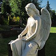 Pomnik nagrobny - Anioł